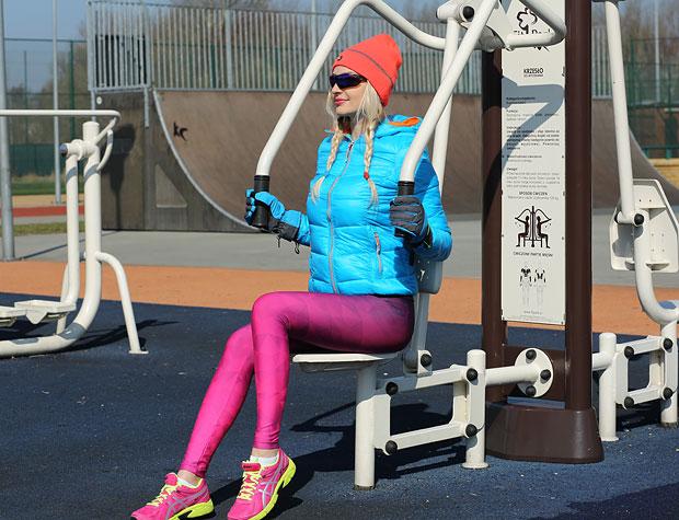 Ćwiczenia na siłowni outdoor fitness